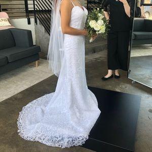 $1600 wedding dress for less than 1/2